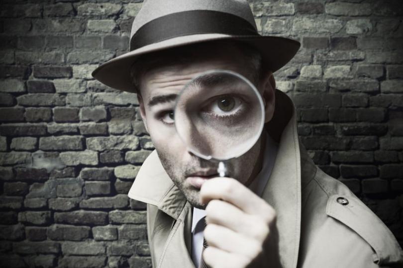 Cómo ayuda un detective a un abogado en la preparación de su defensa